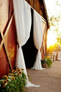 Source: http://weddingreceptionlucius.blogspot.com/