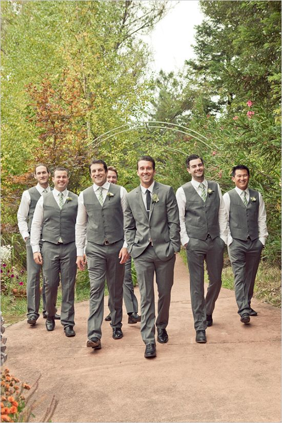 Good Wedding Party Gifts For Groomsmen : Great Groomsmen Gifts What to Give the Men in your Wedding Party ...